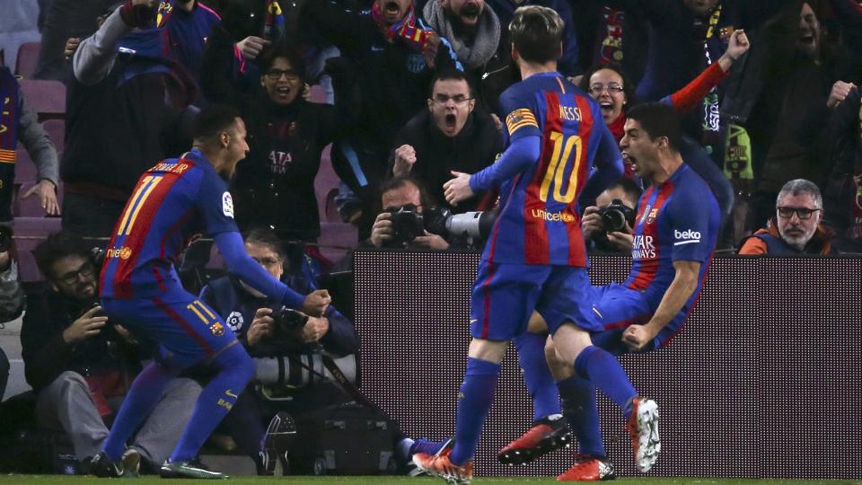 «Барселона» забила 6 мячей «Алавесу»