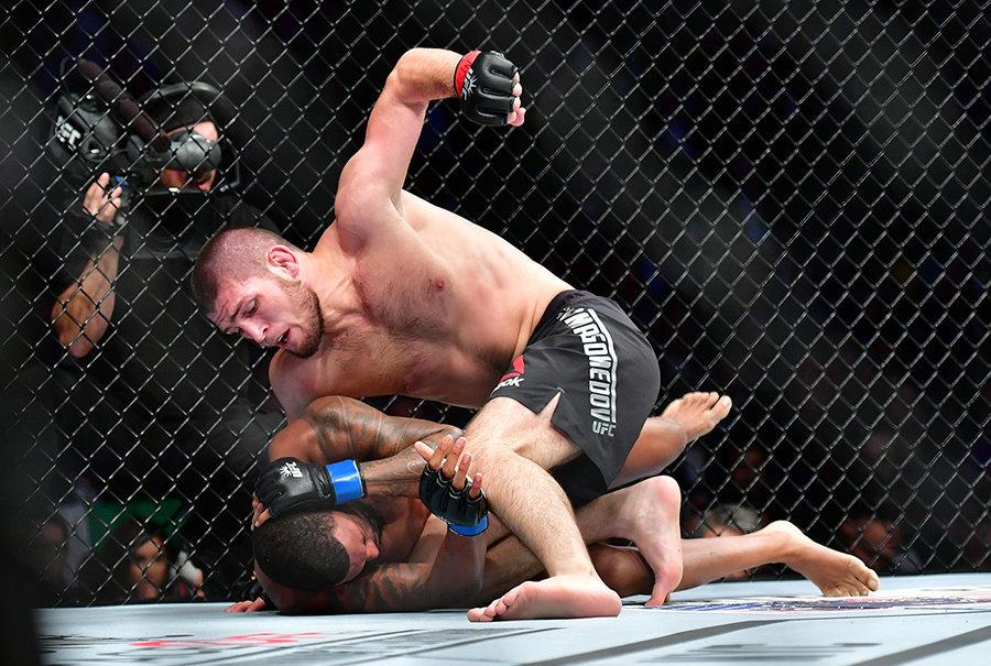 Экс-соперник Нурмагомедова не считает его лучшим бойцом в истории ММА