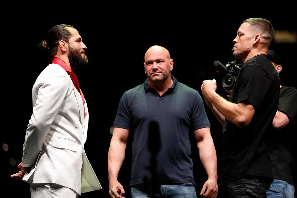 Масвидаль победил Диаса на UFC 244 и завоевал пояс BMF