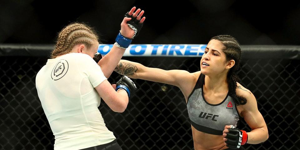 Девушку из UFC пытались ограбить. Фото избитого преступника опубликовал Дэйна Уайт