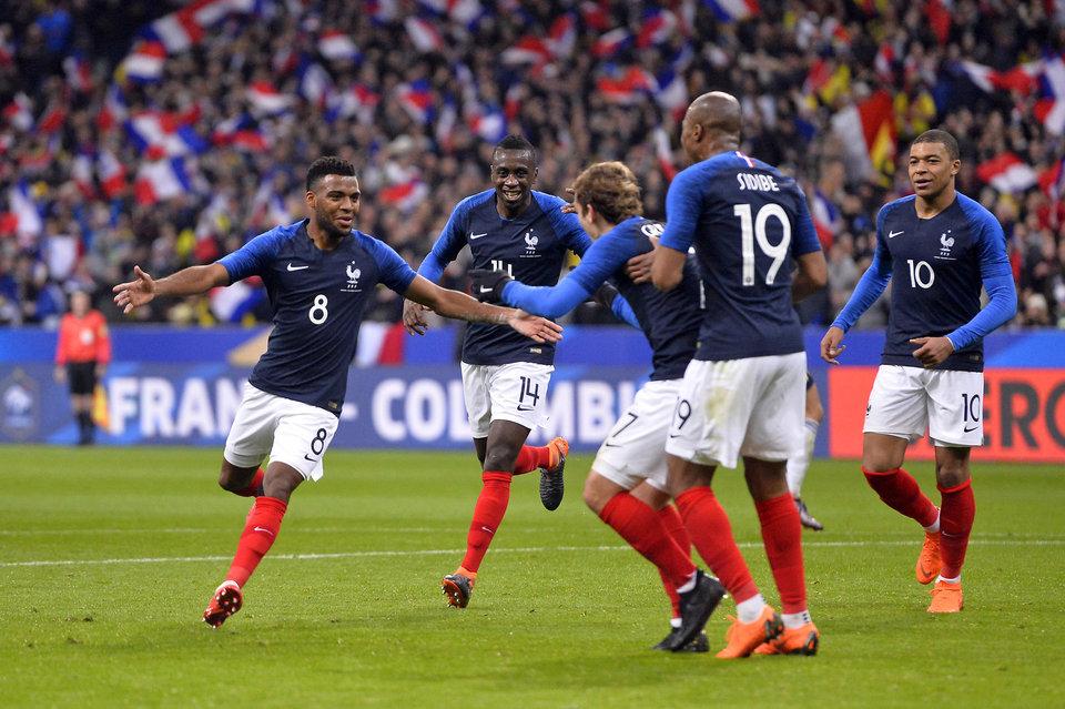 Футболисты сборной Франции в случае победы на ЧМ-2018 получат по 400 тысяч евро