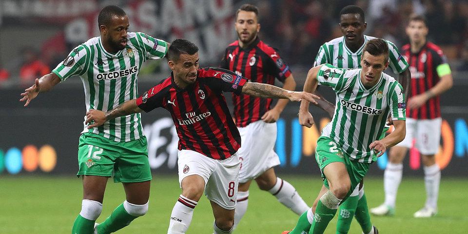 Защитник «Милана» Мусаккио пропустит до восьми недель из-за травмы
