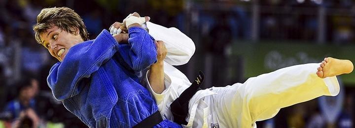 «Я расстроилась, потому что понимала, что могла бороться в финале». Наталья Кузютина рассказывает о судейских ошибках и олимпийской бронзе