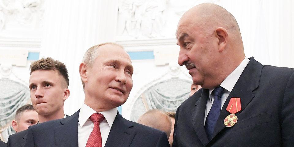 «Корреспондент задавал такие вопросы, что хотелось его ущипнуть». Черчесов — о президенте, критиках и космосе