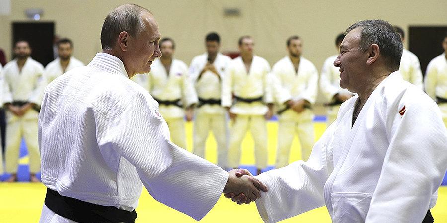 «Путин всегда поздравляет команду после соревнований». Эцио Гамба — о выступлении в Минске и ожиданиях от Токио-2020