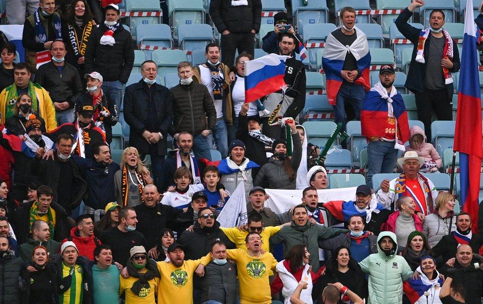 В УЕФА сообщили, что Дания отказалась в виде исключения пускать российских болельщиков на матчи Евро-2020