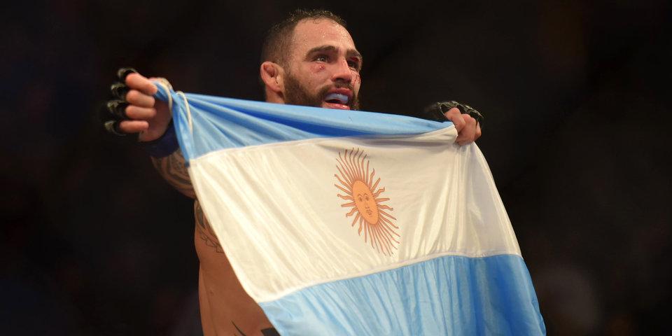 Боец UFC получил ключ от города после победы на родине