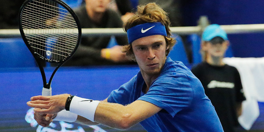 Рублев уверенно прошел в третий раунд Australian Open