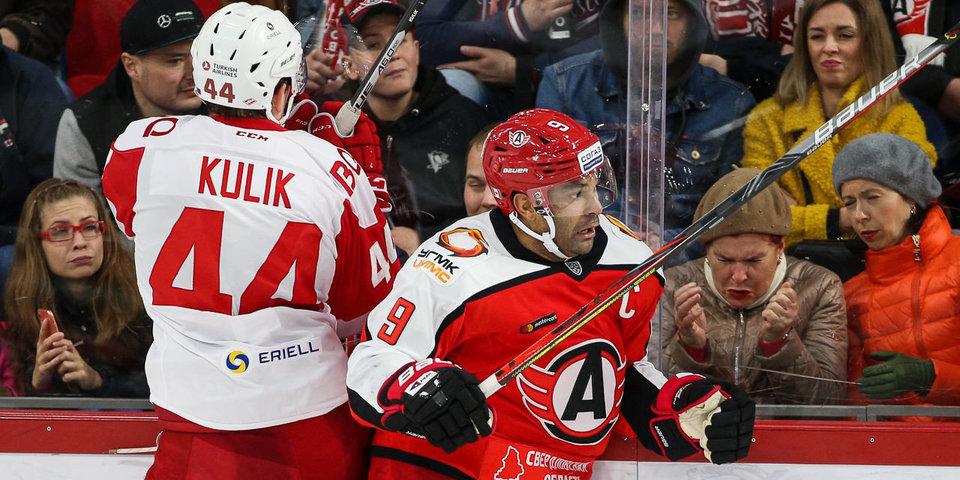 «Автомобилист» потерпел первое поражение, «Витязь» возглавил таблицу, «Авангард» подписал двух форвардов. Итоги недели КХЛ