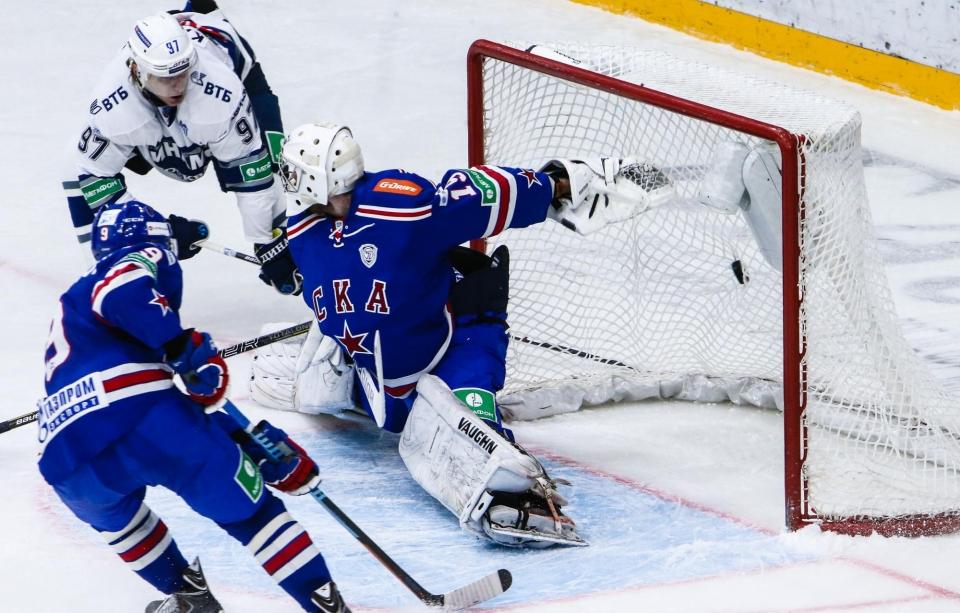 Карпов продолжит карьеру в СКА