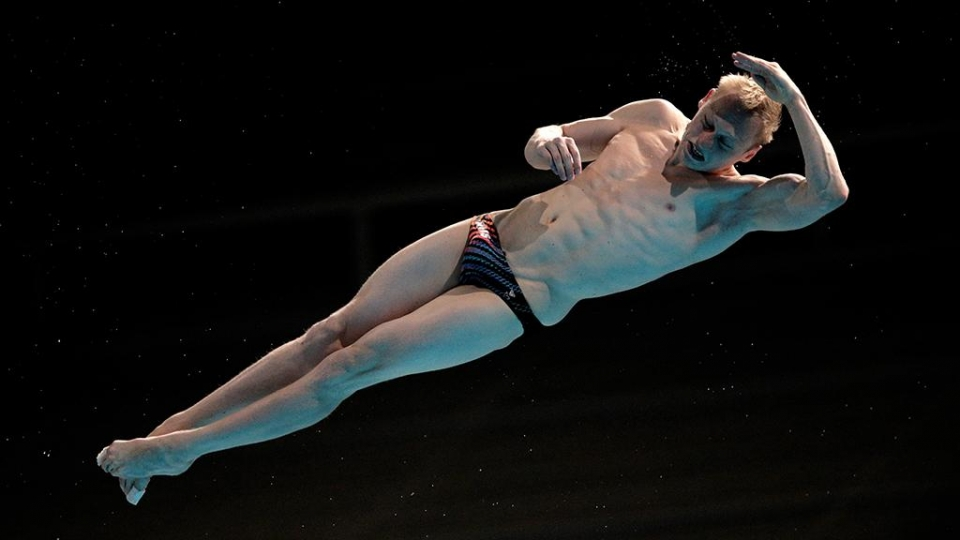 Захаров и Кузнецов взяли по медали ЧЕ в прыжках в воду с трехметрового трамплина