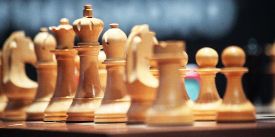 ФИДЕ проведет онлайн-чемпионат мира по быстрым шахматам среди юношей и девушек