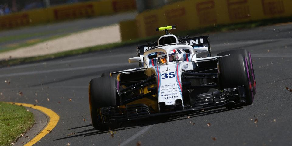 Сироткин завершил гонку в Баку на первом круге