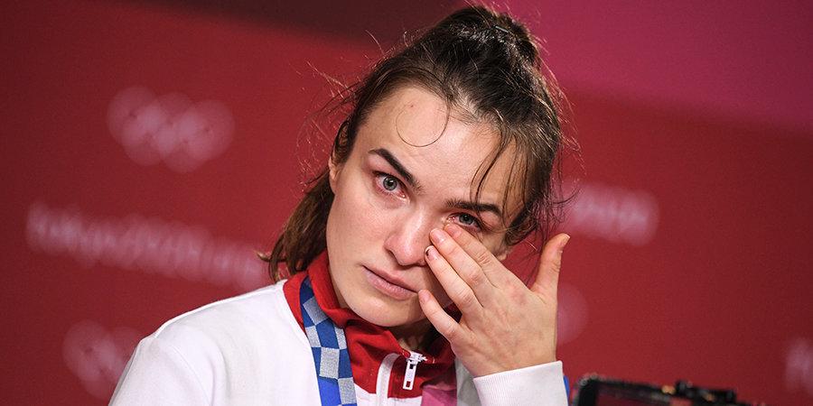 «Я хочу взять перерыв в гандболе. Мне нужно позаботиться о ментальном и физическом здоровье». Гандболистка Вяхирева — после поражения в финале ОИ