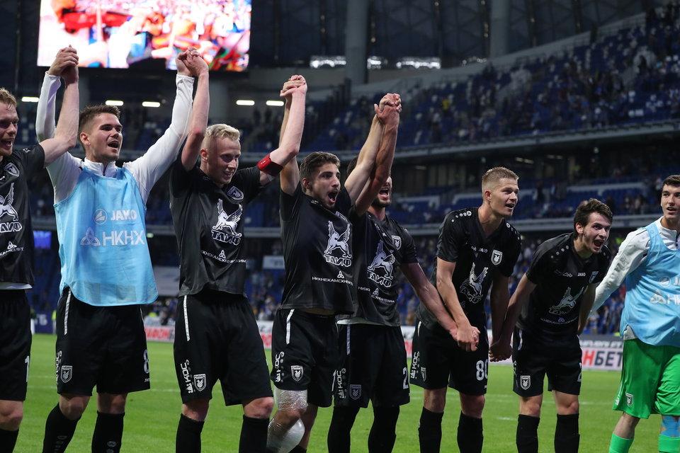 СМИ: «Рубин» не вернется на «Казань Арену» до конца сезона. На стадионе сняли газон, на восстановление нужно 90 миллионов рублей