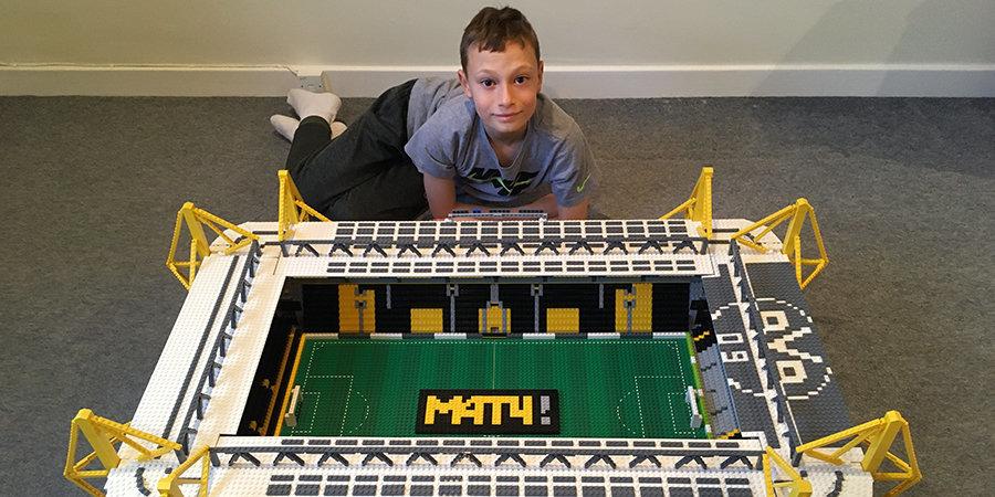 Помните парнишку, который строит стадион из Лего? Он готов заняться и российскими аренами