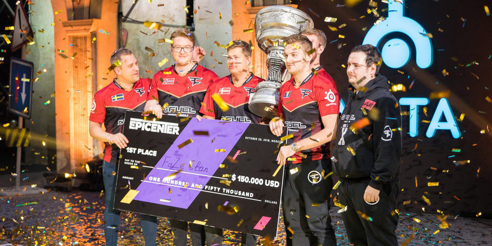Команда FaZe Clan обыграла Natus Vincere в финале EPICENTER CS:GO в Москве
