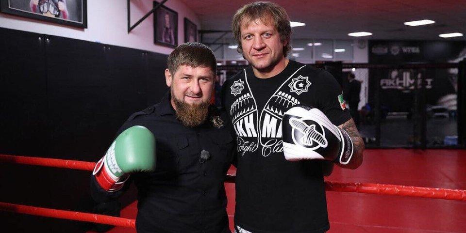 Емельяненко и еще 20 бойцов ММА, которым Кадыров дарил автомобили