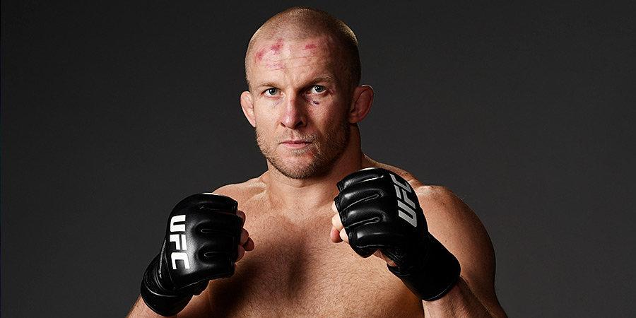 «С Дрейком учились в одной школе». Миша Циркунов побеждает в UFC, его семья победила рак, его дед побеждал на войне