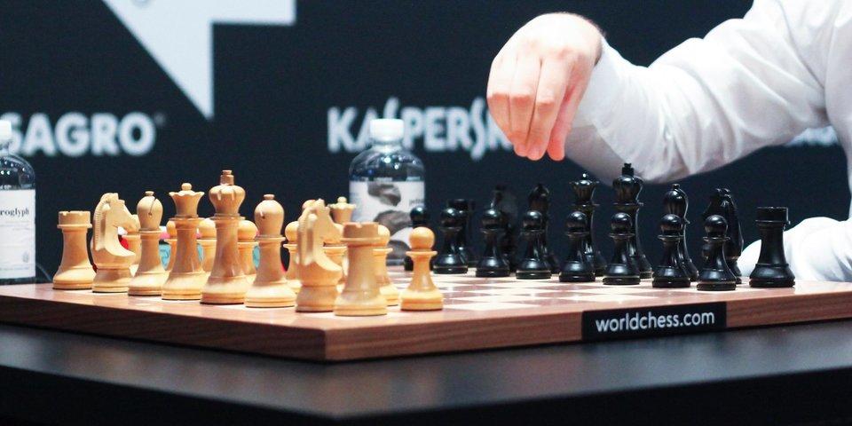 Дубов уступил Накамуре в первом полуфинальном матче
