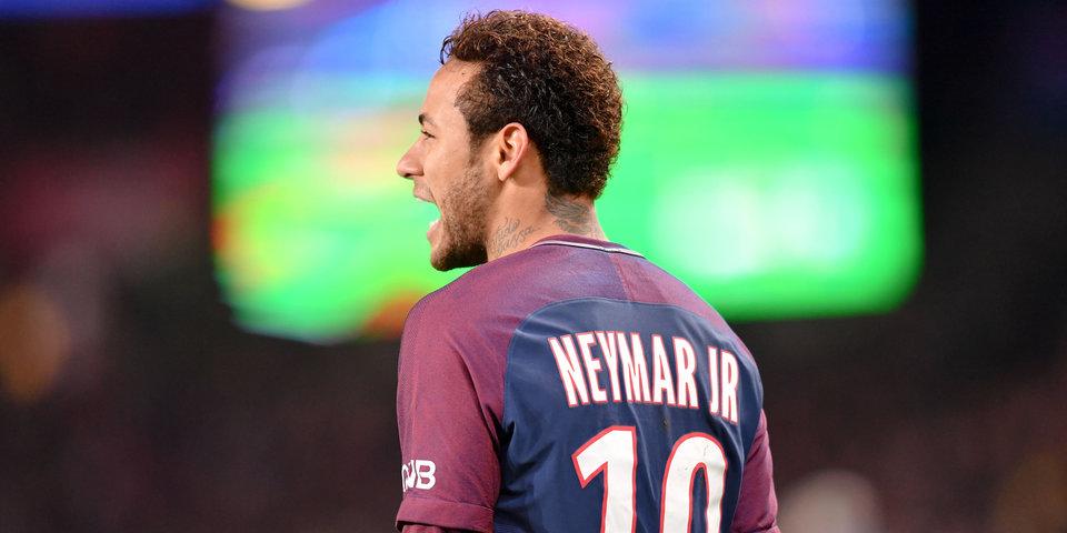 Неймар признан лучшим бразильским игроком года вевропейских странах