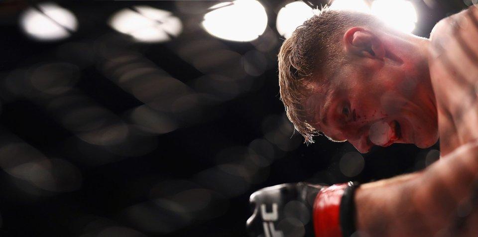 «Показалось, что кровь идет из глаза». Волков – о первой досрочной победе в UFC