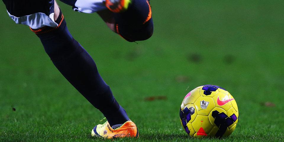 «Барселона» приобрела колумбийского защитника «Палмейраса»