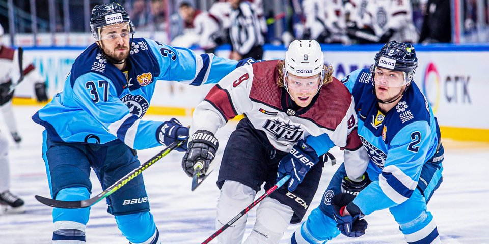 «Сибирь» выиграла у рижского «Динамо» в КХЛ