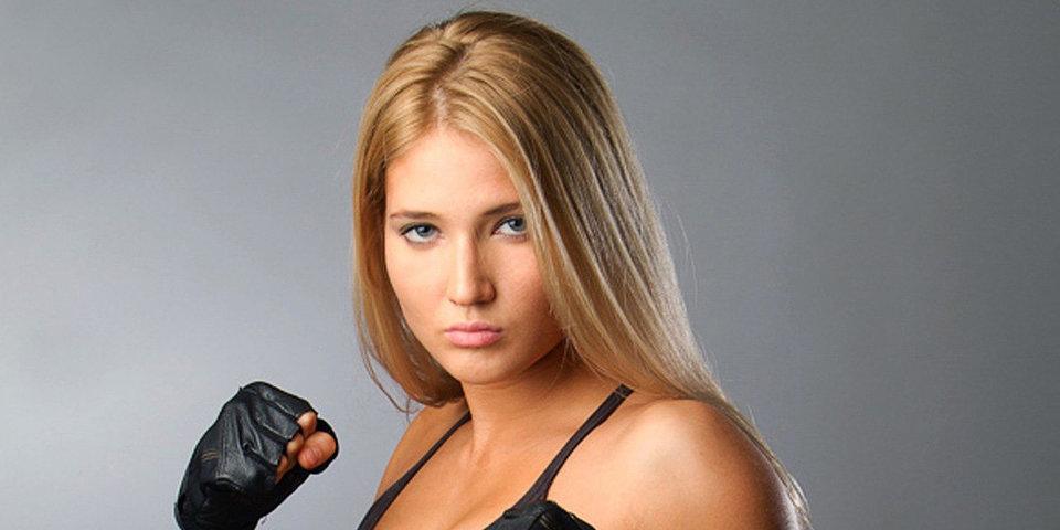 Янькова потерпела поражение на турнире Bellator 200