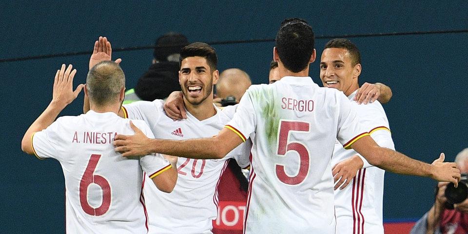 Испания готовится к матчу с Россией в полном составе