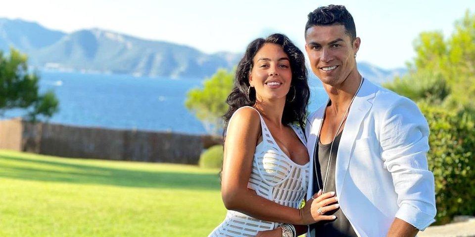 Мать Роналду рекомендует сыну не жениться на Джорджине