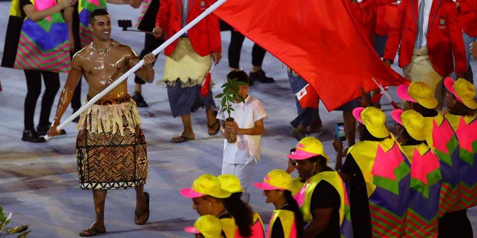Лучшее тело Олимпийских игр: тхэквондист-знаменосец сборной Тонга