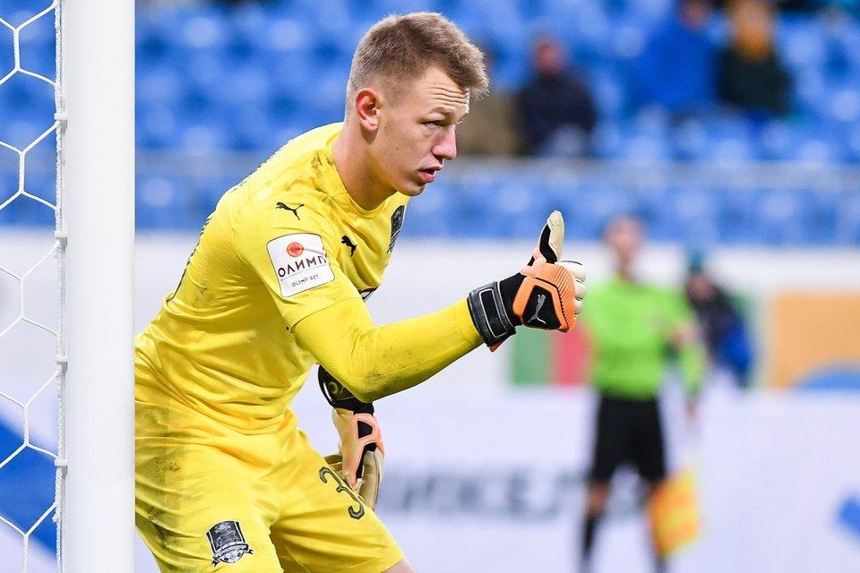 Матвей Сафонов: «Второй мяч от Дзюбы тяжело было вытащить»