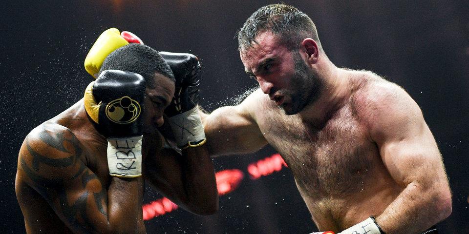 Гассиев нокаутировал Дортикоса в Сочи и встретится с Усиком в финале WBSS