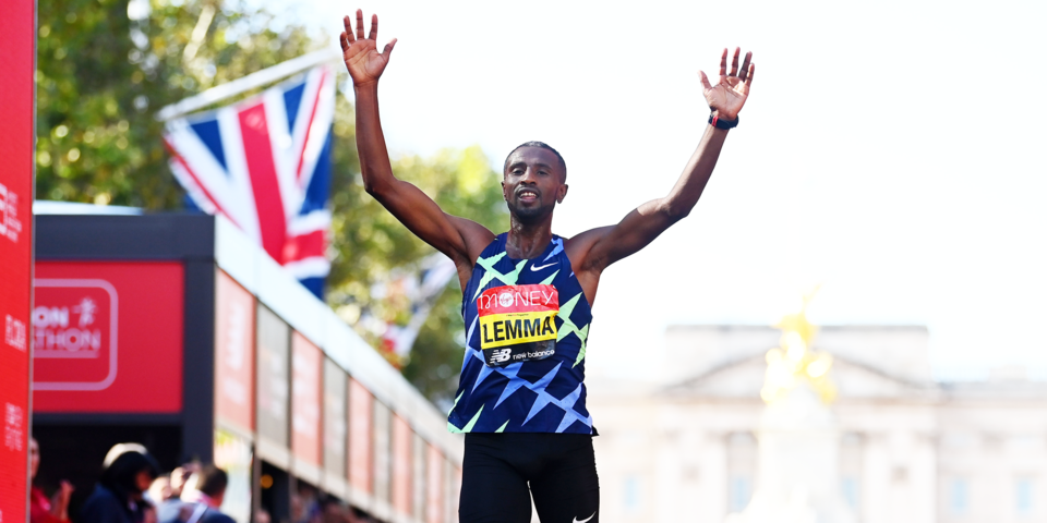 Эфиоп Лемма и кенийка Джепкосгеи победили на Лондонском марафоне