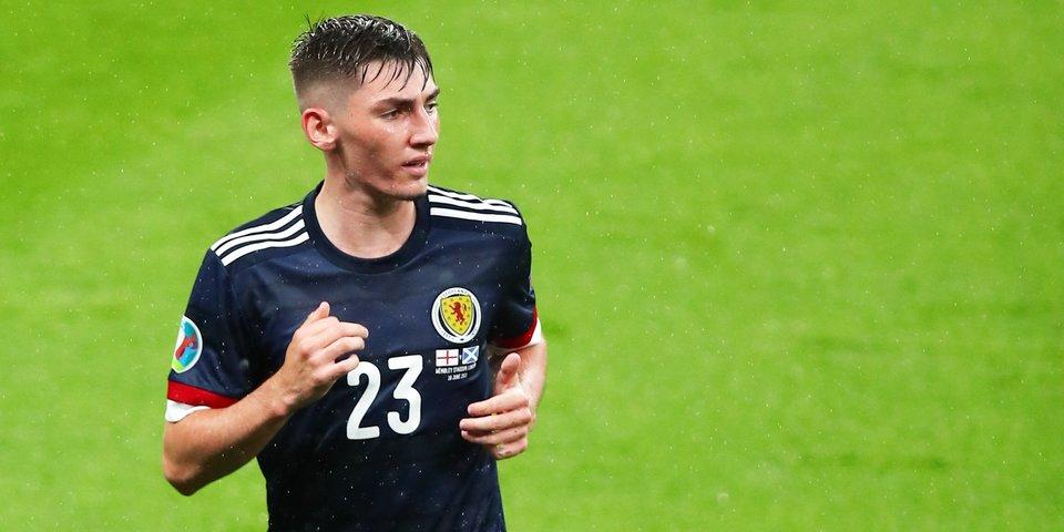 Хавбек сборной Шотландии заразился коронавирусом