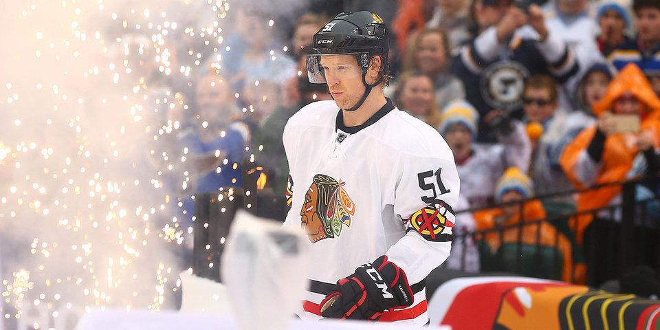 Игрок «Чикаго» завершил карьеру после 17 сезонов в НХЛ
