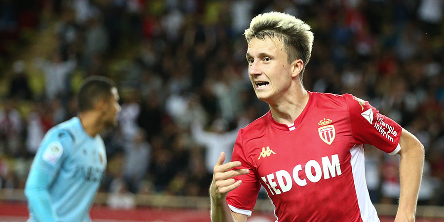 «Монако» за 7 минут разгромил «Амьен», Головин участвовал в каждой голевой атаке. Лучшие моменты его юбилейного матча во Франции