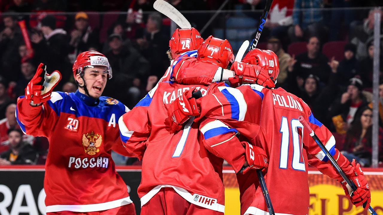 Молодёжная сборная РФ похоккею завоевала бронзуЧМ