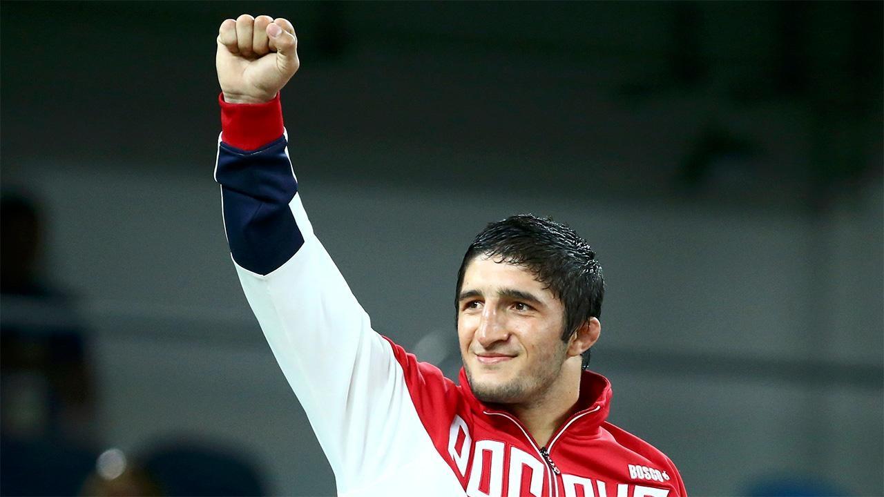 Садулаев стал четырехкратным чемпионом мира. Борьба— Вольная