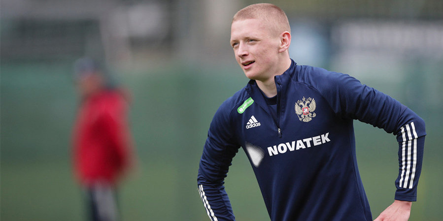 Мухин — в стартовом составе молодежной сборной России на отборочный матч Евро-2023 с Латвией