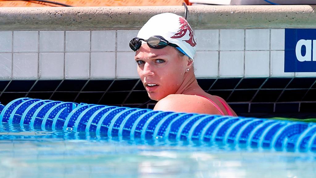 Североамериканским тренерам поплаванию запретили работать сроссиянкой Юлией Ефимовой