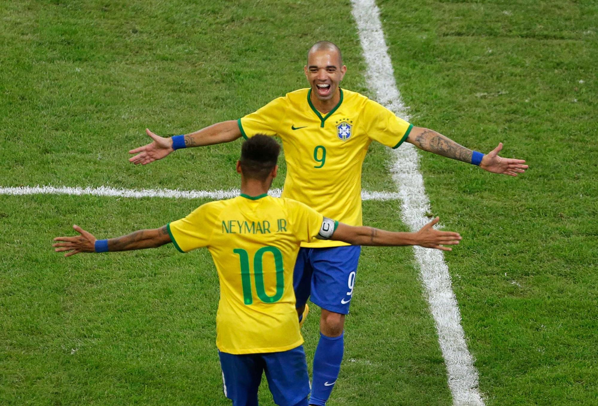Неймар в бразилии 10 номер