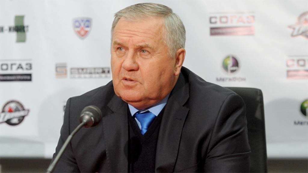 ХК «Автомобилист» продлил договор с основным тренером Крикуновым
