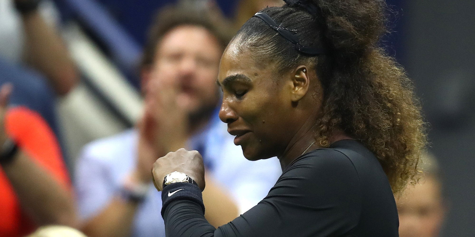 Серена Уильямс в слезах сорвала пресс-конференцию после поражения на Australian Open