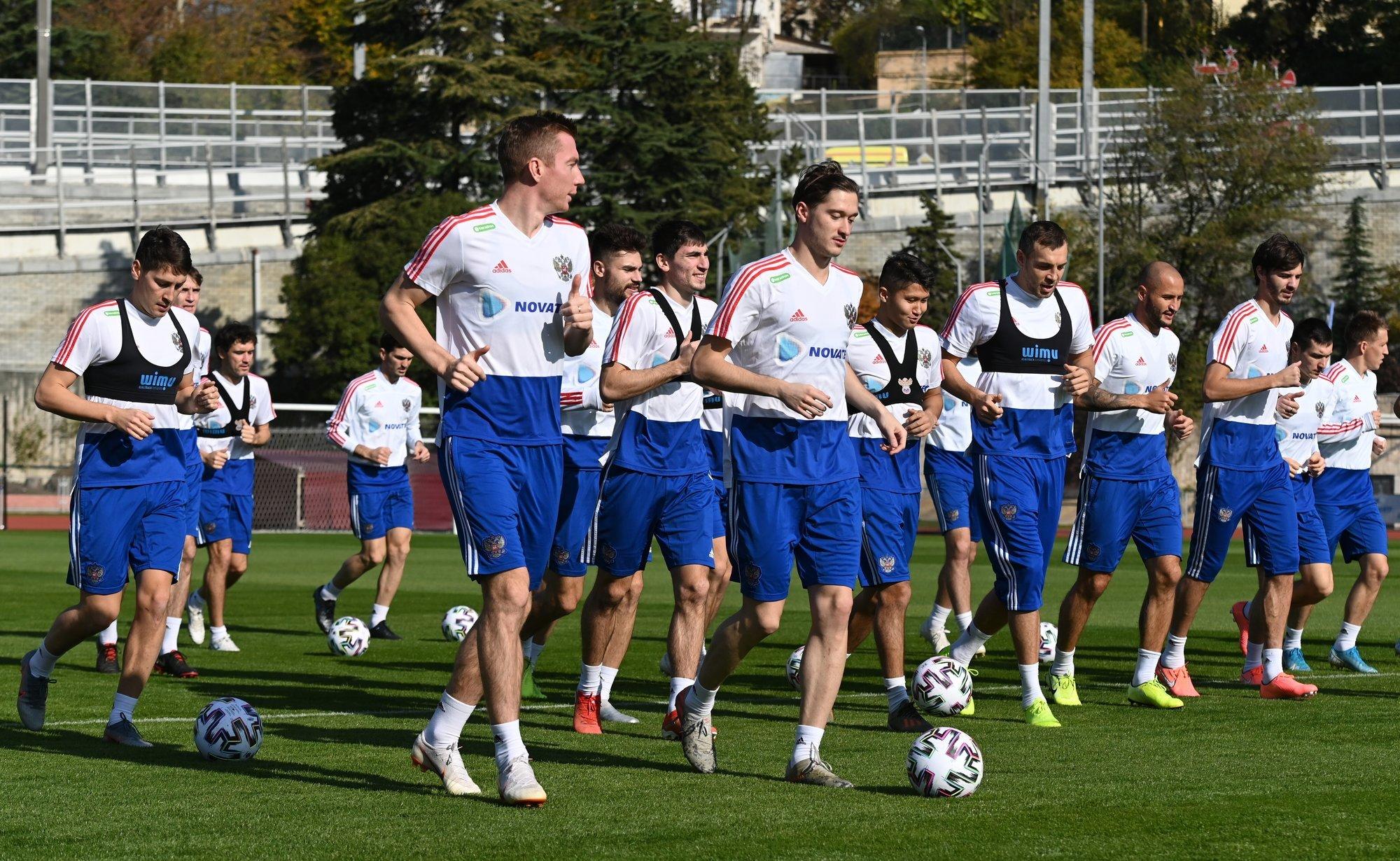 Поставьте оценки игрокам сборной России за матч с Бельгией!