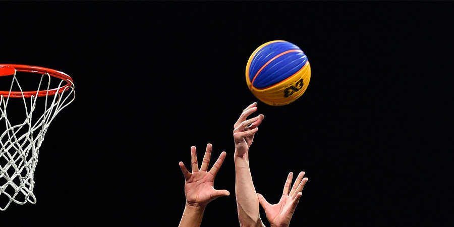 НБА сократит игрокам зарплату на 25 процентов на время пандемии
