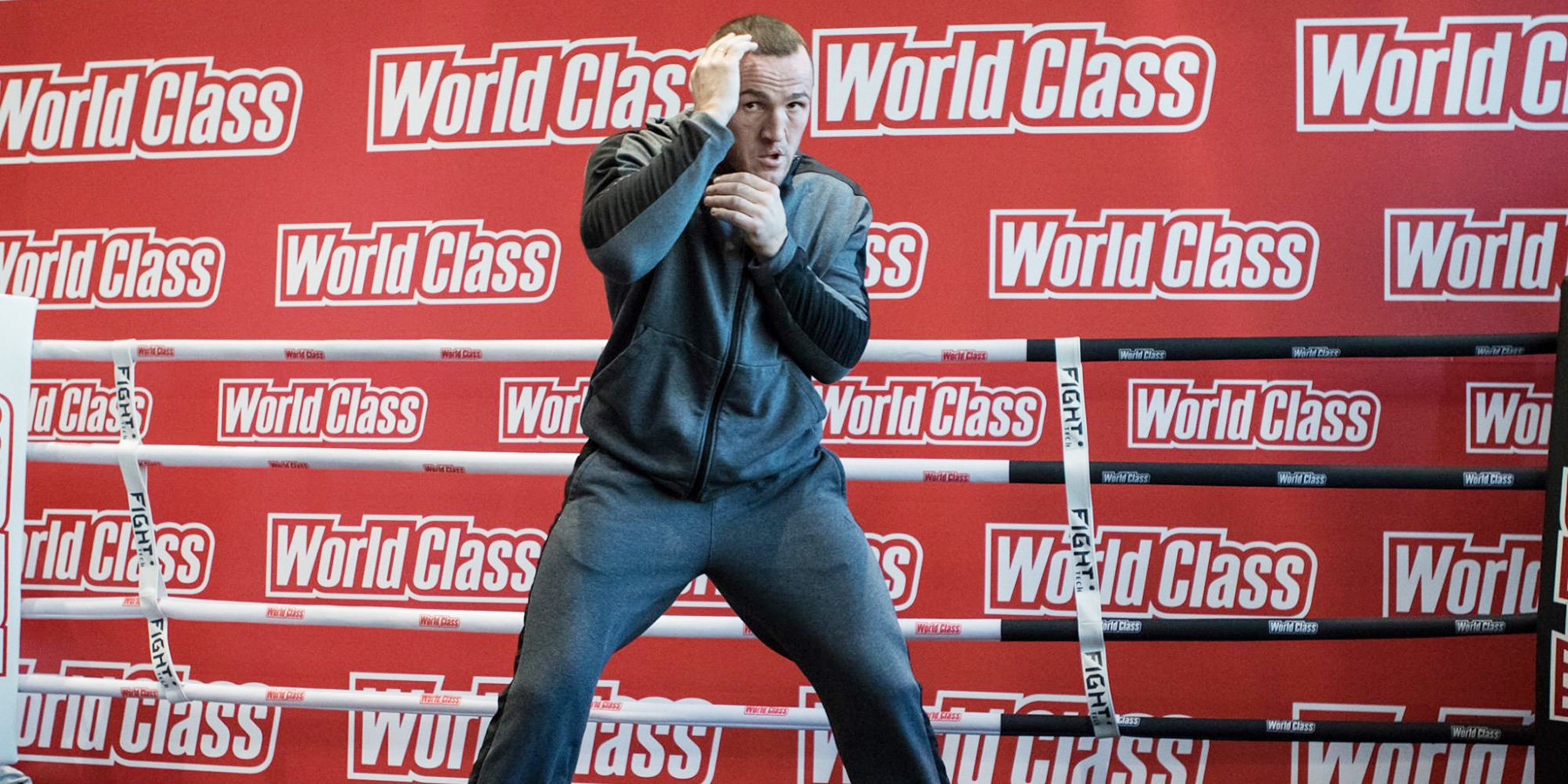 Боксер Денис Лебедев стал обладателем титула WBA