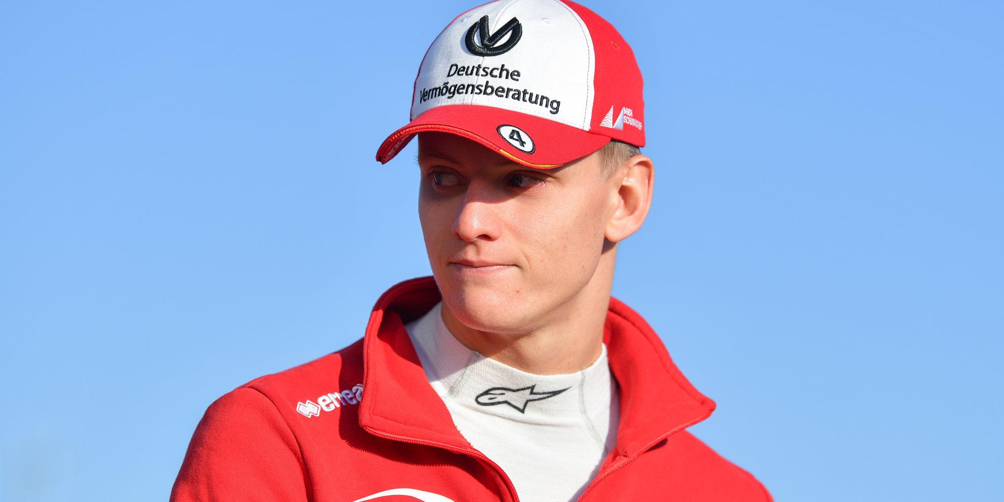 Шумахер стал лучшим в первой гонке в Сочи, Мазепин — 7-й