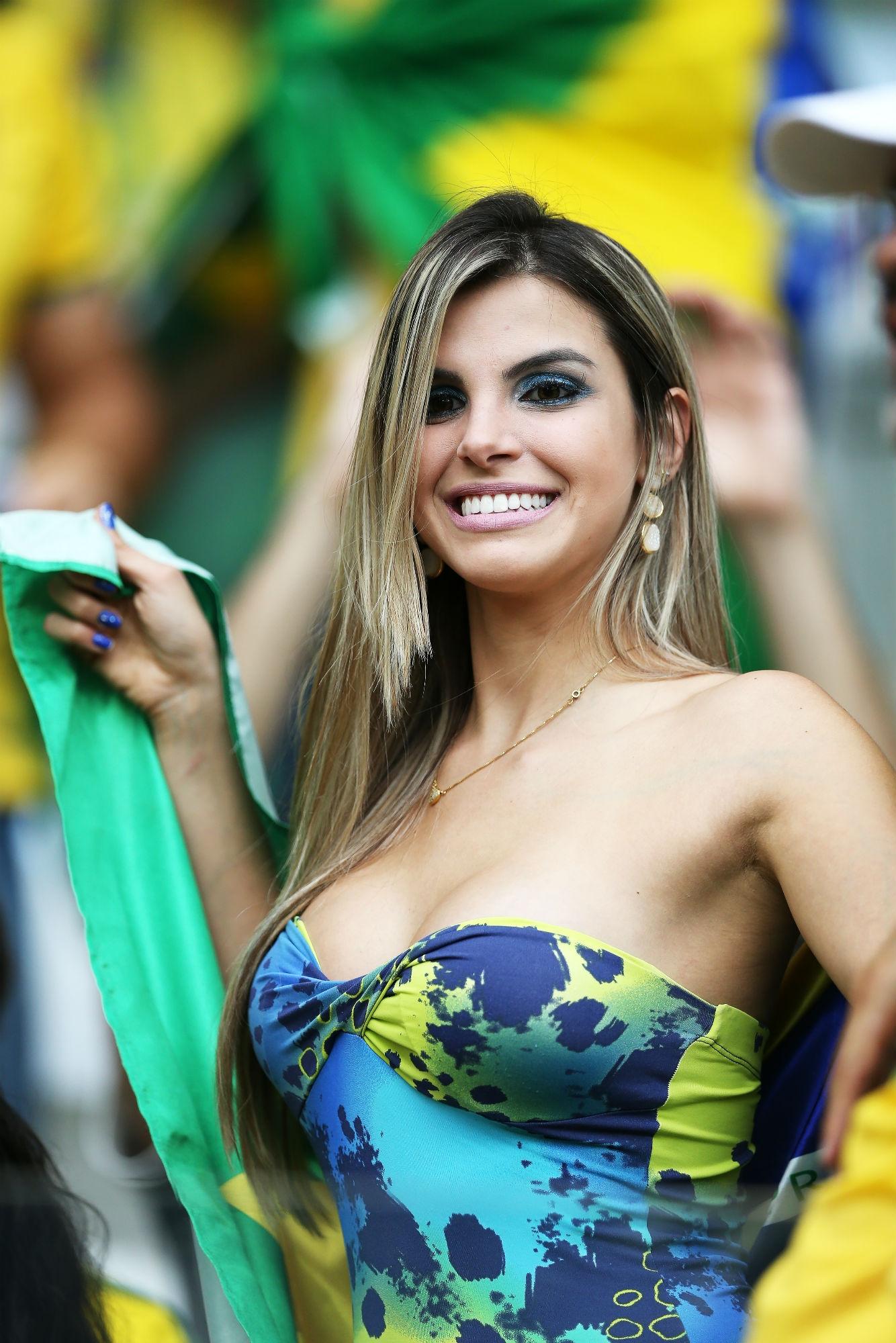 brazilian-women-nicole-coco-cunt